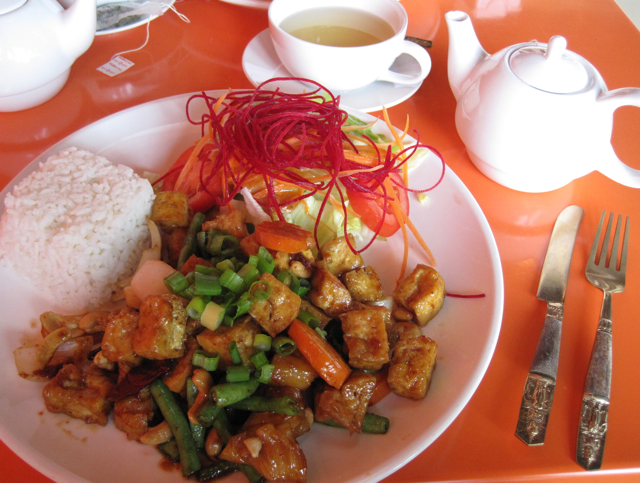 Thaiphoon Bistro: A Welcome Retreat   Sweet Tea & Wheat-Free